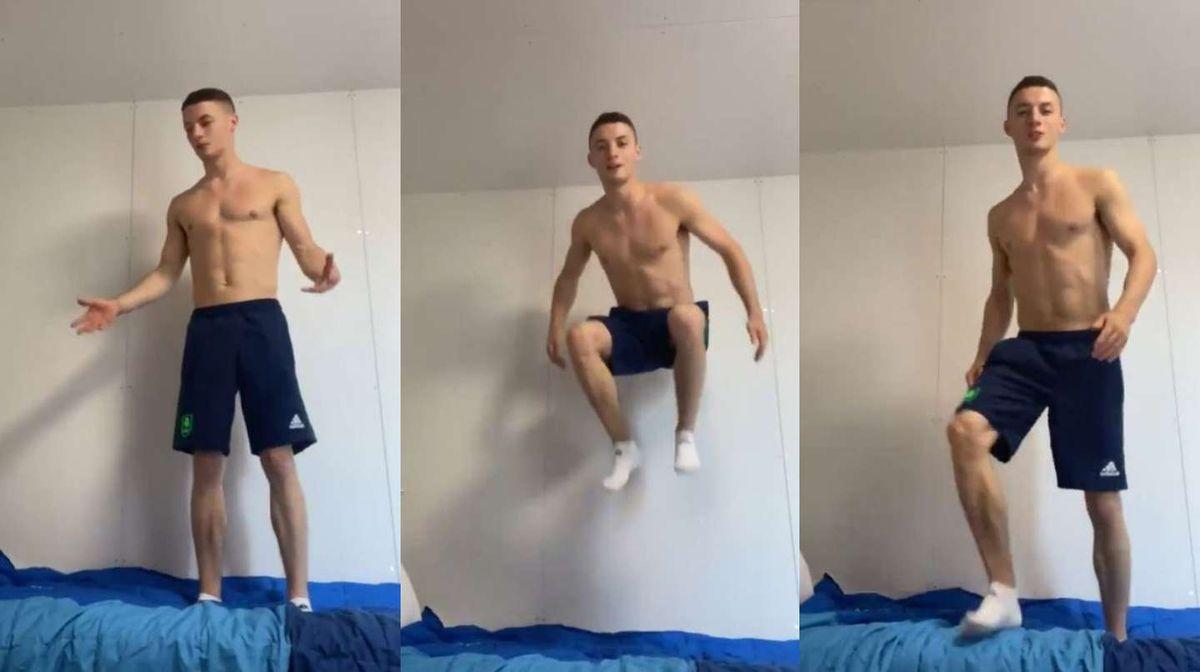 Un atleta probó la resistencia de las camas de cartón de los Juegos Olímpicos