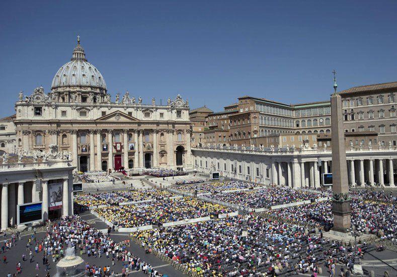 Por primera vez, el Vaticano juzgará a un nuncio acusado de abuso