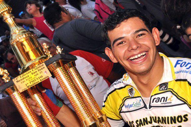 Emanuel Agüero ganó la clásica Mendoza- San Juan