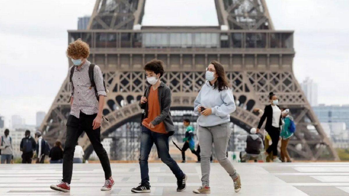 Francia inicia una apertura comercial tras el confinamiento.