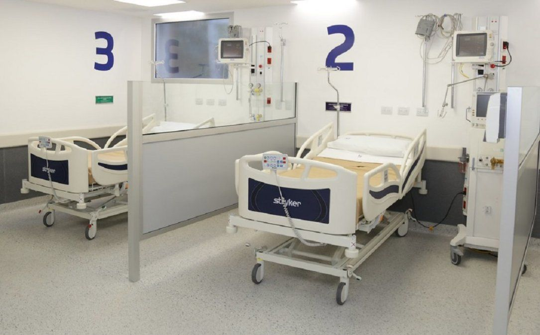 Continúa en aumento el uso de camas con pacientes con COVID-19.