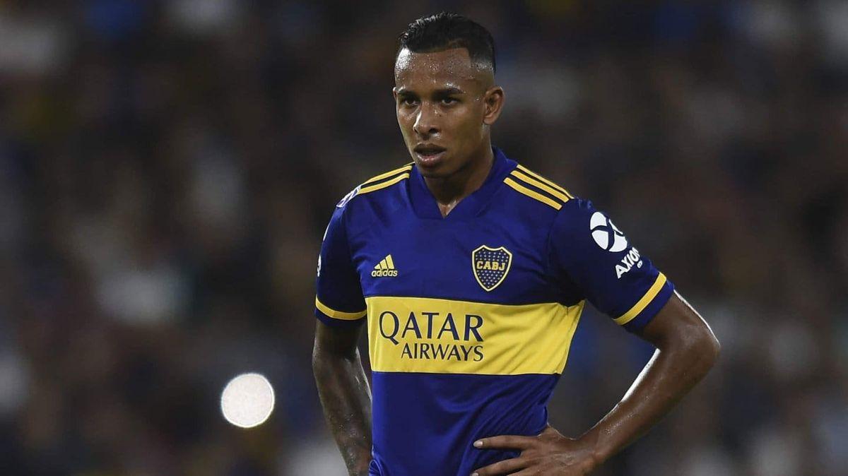 Sebastián Villa no será titular ante Huracán.