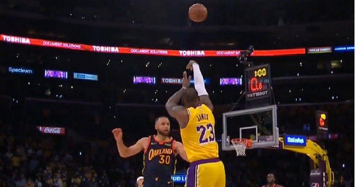 Video: LeBron James metió a los Lakers en los Playoffs