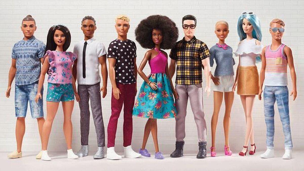 Subastaron tres muñecos de Ken, el novio de Barbie, por 6.700 dólares