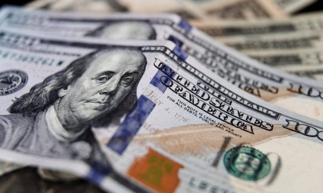 El dólar cerró sin cambios a $87