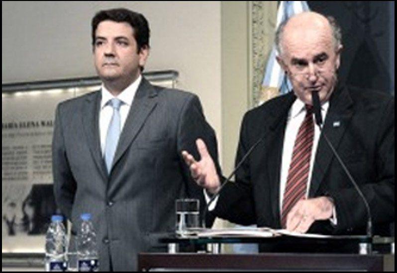 Parrilli denunció a Stiuso por la realización de escuchas ilegales