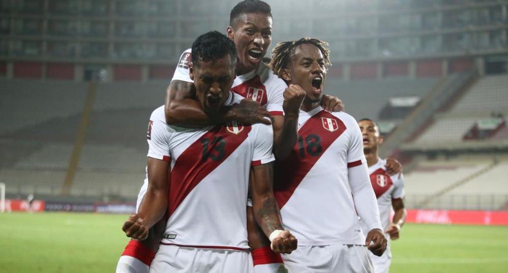 Perú visita a Chile y ambos buscarán su primer triunfo en las Eliminatorias
