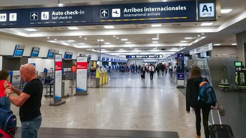 Los argentinos vacunados con Sputnik V no podrán viajar a España