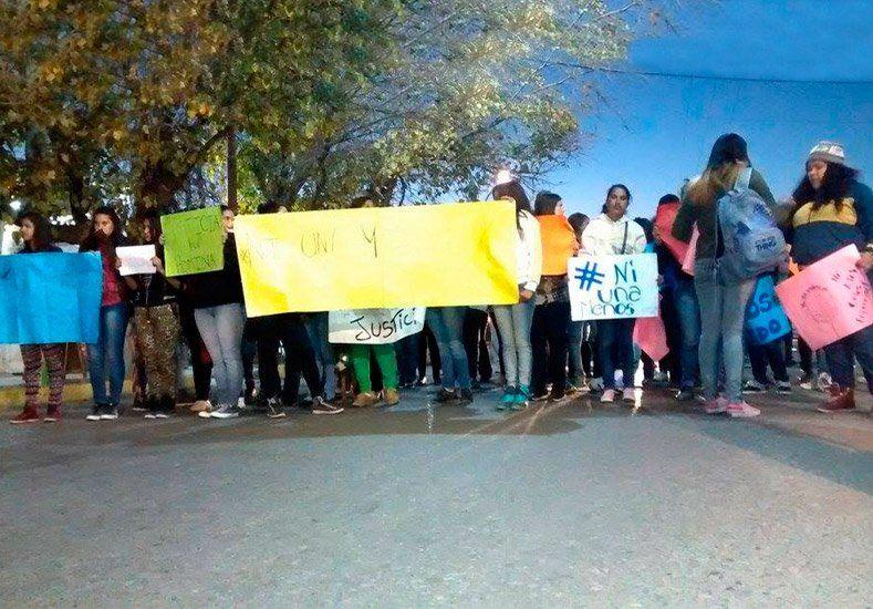 Un centenar de personas marchó en Caucete para pedir Justicia por Romina Muñoz