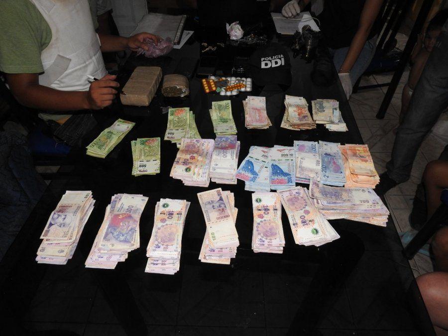Detuvieron a cuatro personas: secuestraron marihuana picada y dinero