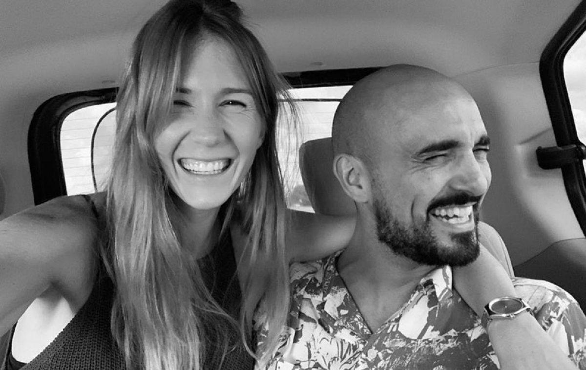 Los detalles del casamiento de Abel Pintos y Mora Calabrese