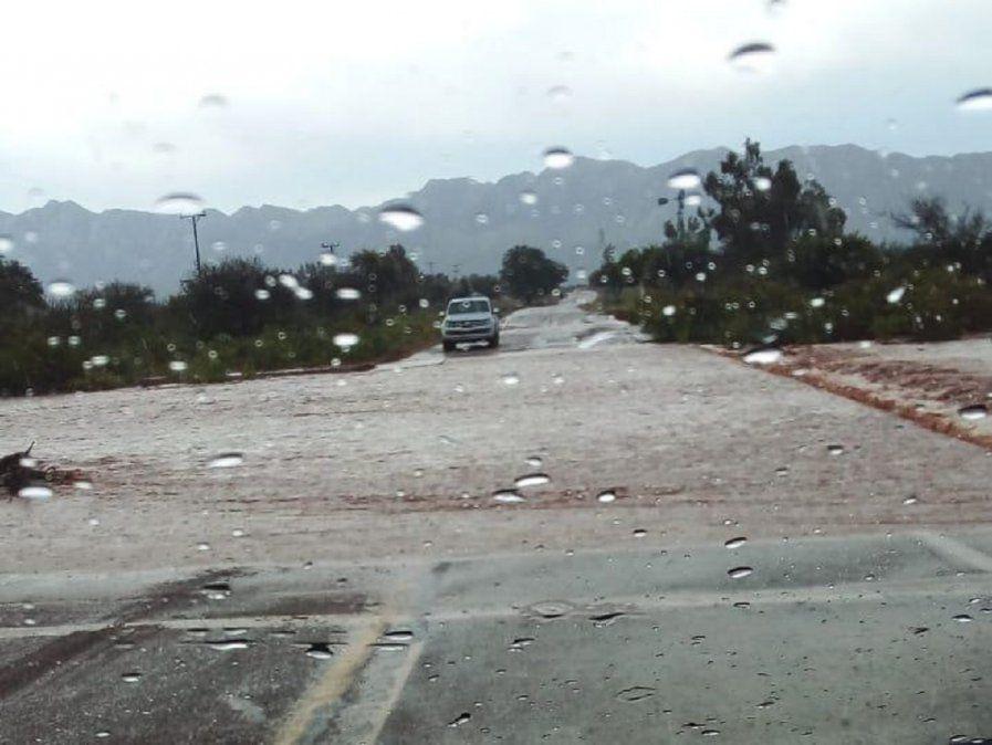 Fuerte lluvia complica a Valle Fértil. Foto: Info Valle Fértil.