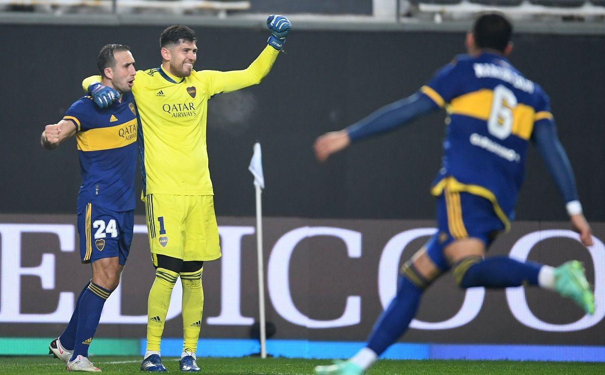Boca eliminó a River por penales y pasó a cuartos
