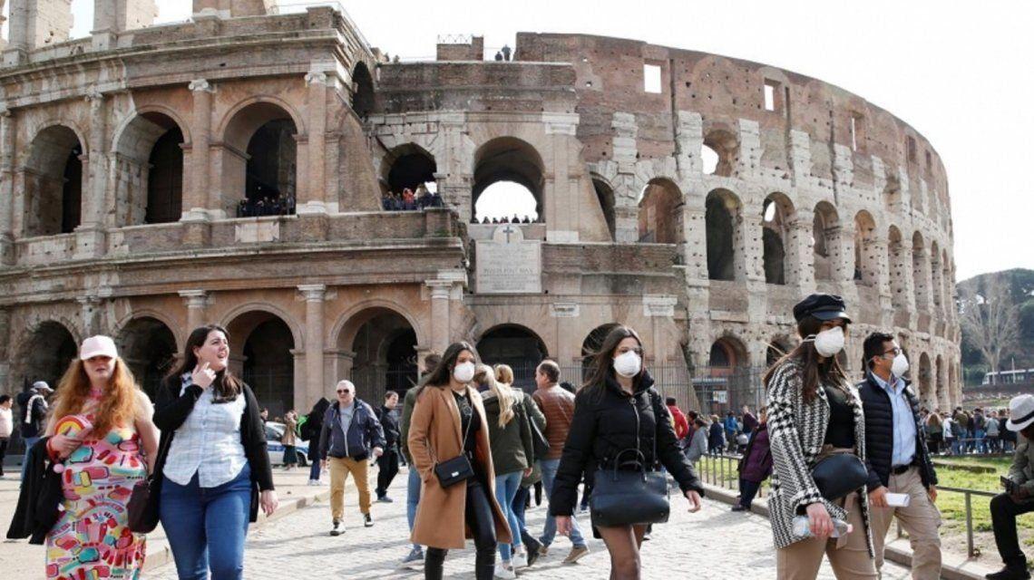 Italia reabrió sus bares, restó y estadios con presencia de público en eventos