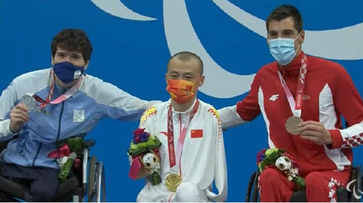 De Andrade ganó la medalla de plata en 100 metros espalda