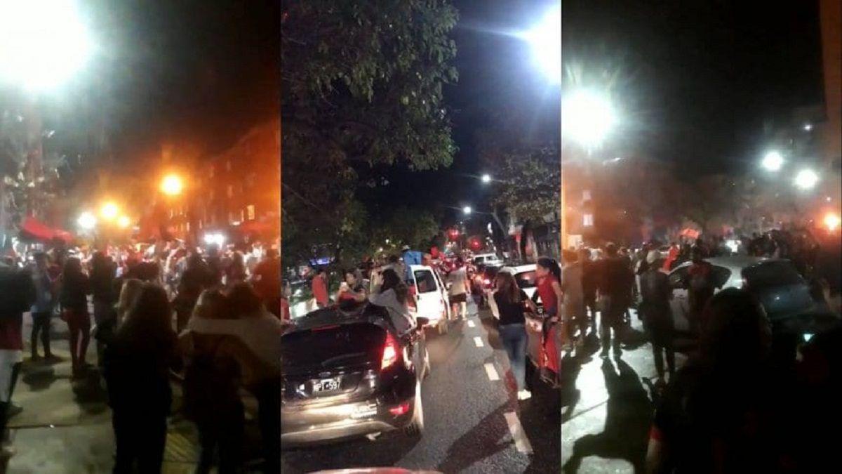 Los multitudinarios festejos de los hinchas de Colón en Santa Fe pese a las restricciones