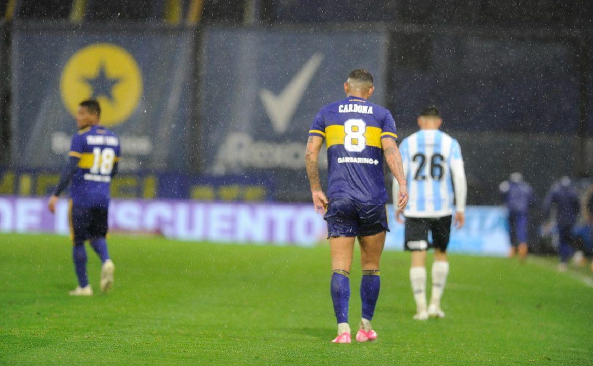 Bajo la lluvia, Boca hizo agua y no pudo con Argentinos