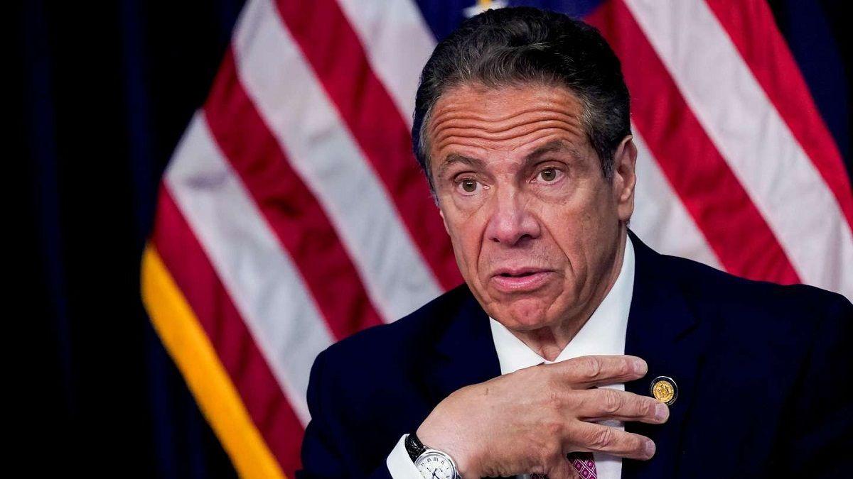 Renunció el gobernador de Nueva York por múltiples denuncias de acoso sexual