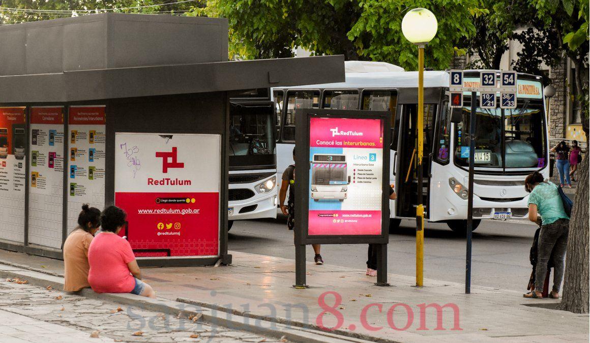 El pasaje de colectivo podría aumentar 10 pesos en todas las secciones