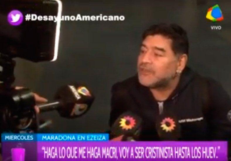 Maradona se definió entre Cristina y Macri