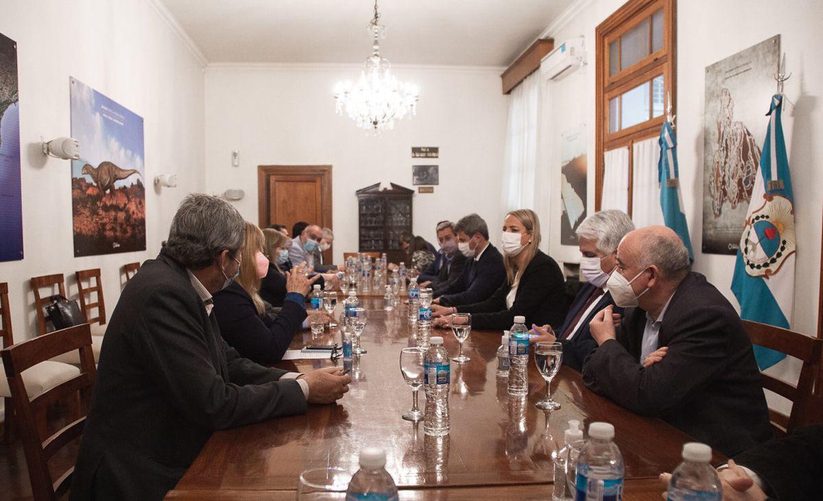 Uñac se reunió con su Gabinete después del encuentro con el Presidente