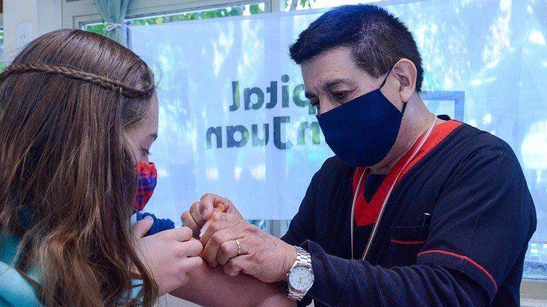 Alientan a los grupos de riesgo a que se coloquen la vacuna antigripal