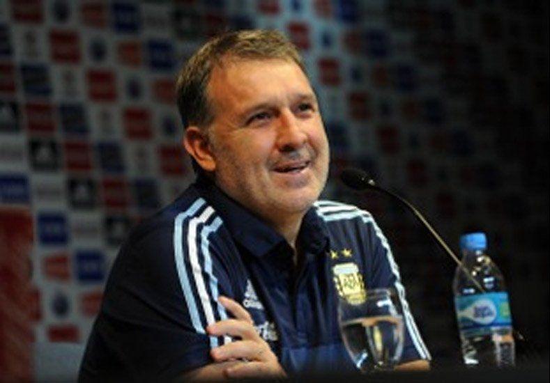 """Tata Martino: """"El equipo lo tengo pero lo daré el sábado en la mañana"""""""