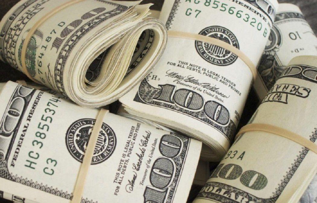 El dólar blue sigue con tendencia a la baja