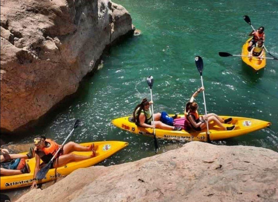 Kayak en Punta Negra.