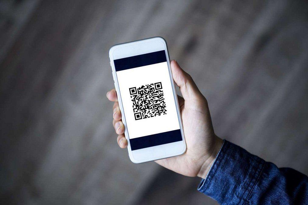 Advierten peligros al escanear códigos QR