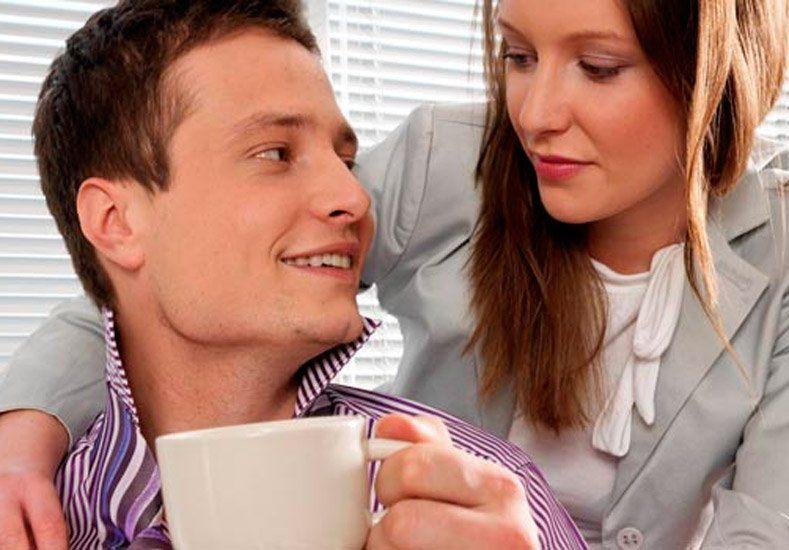 Aseguran que beber café ayuda a tener mejores erecciones