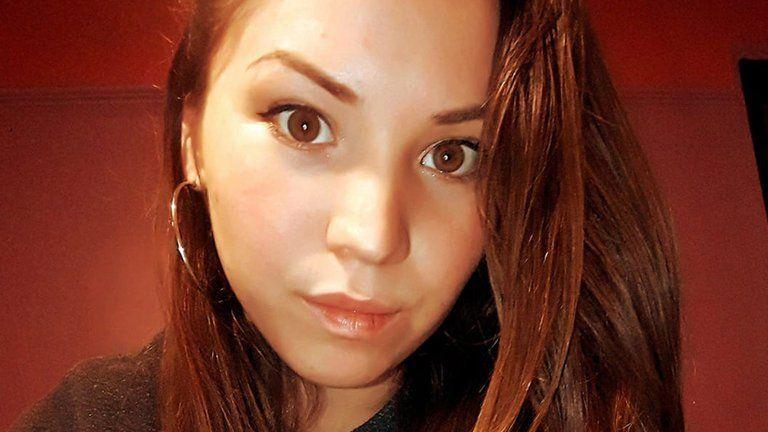 Brutal femicidio: una joven fue apuñalada en pleno centro