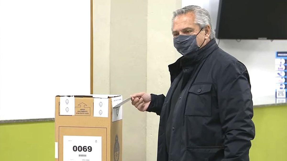 Votó Alberto Fernández: Será un día tranquilo donde todos podamos votar