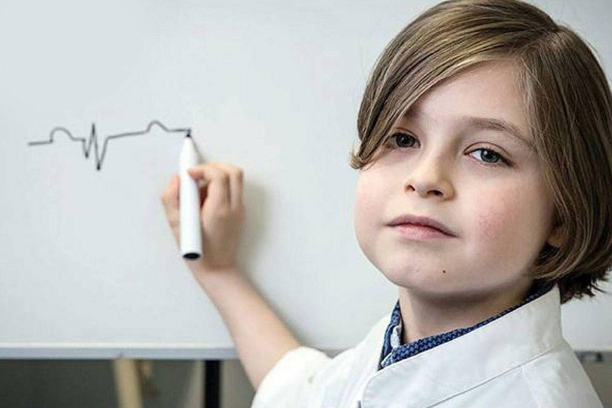 Con sólo 11 años terminó la carrera de Física en nueve meses con una altísima nota promedio