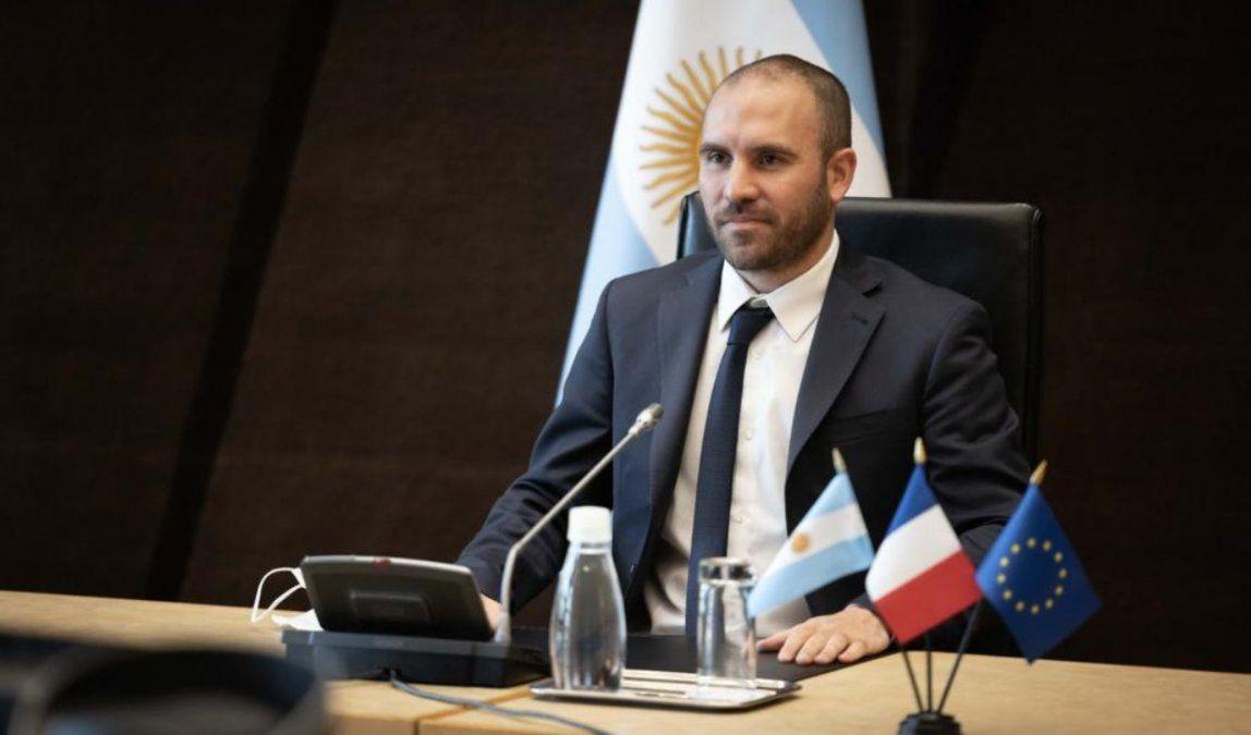 Guzmán cierra su gira en Moscú con agenda económica y vacunas