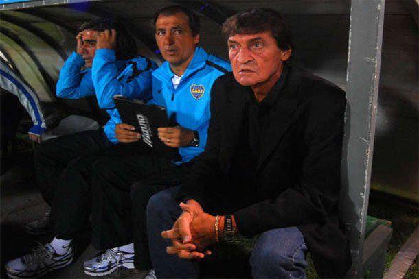Falcioni: Riquelme no está descartado para jugar contra River