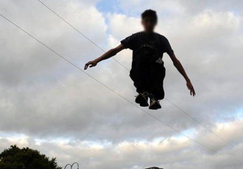 Un nene de 12 años cayó al vacío desde una torre y murió practicando parkour