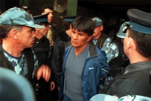 La policía detuvo al líder de los Doce Apóstoles tras un tiroteo