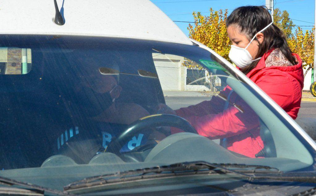 Auto Vac, la novedosa manera de vacunar contra la gripe en Rivadavia