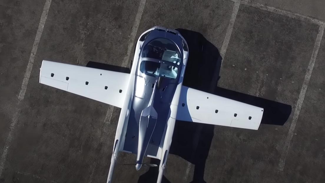 El primer vuelo de prueba el coche que se convierte en avión