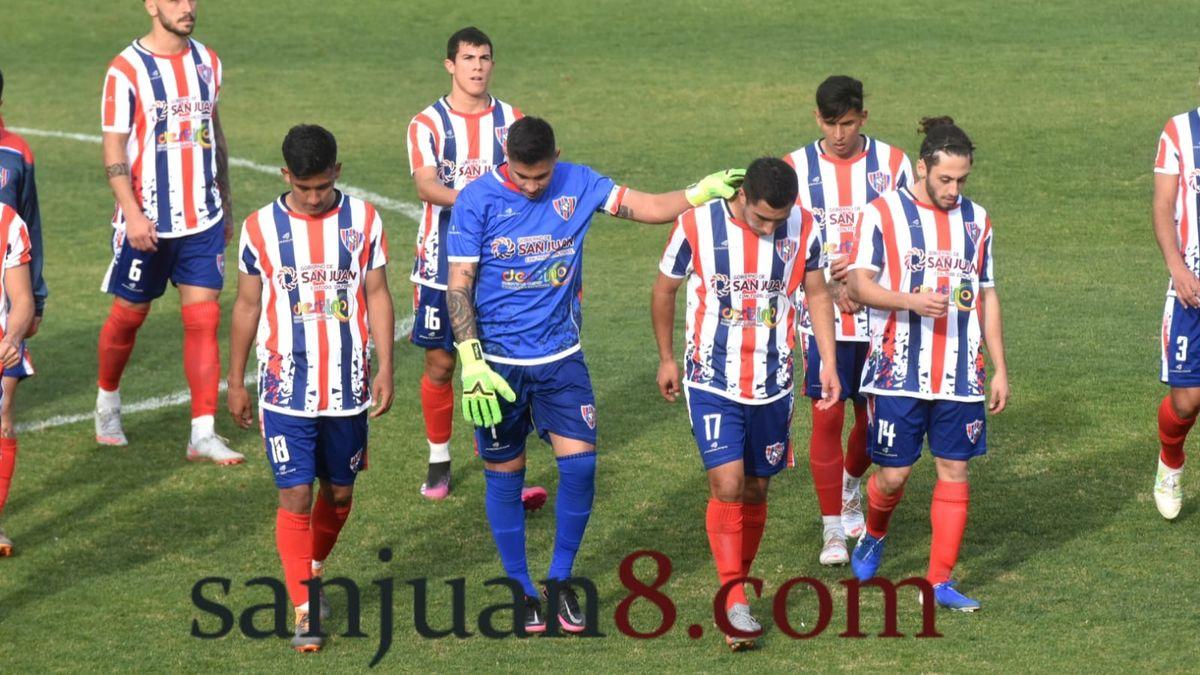 Peñarol canyo ante Olimpo: fotos de Adrián Carrizo