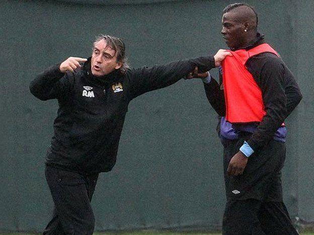 Mancini y Balotelli casi se van a las manos en el entrenamiento del City