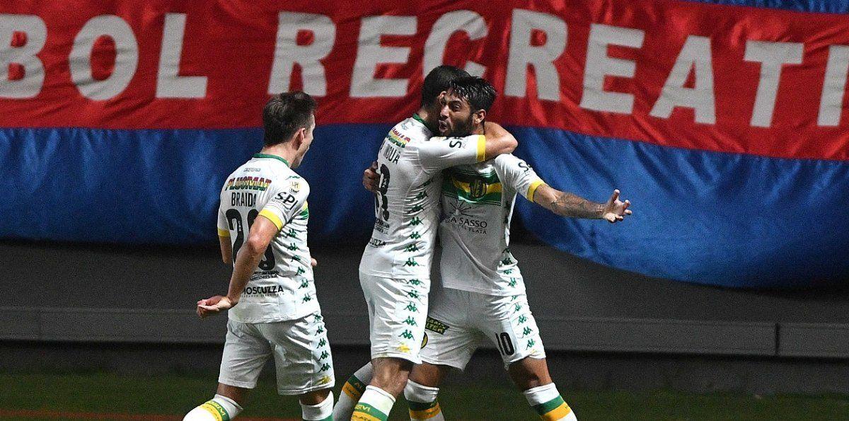 Aldosivi venció 2 a 1 a San Lorenzo en el Nuevo Gasómetro. Foto: Telam.