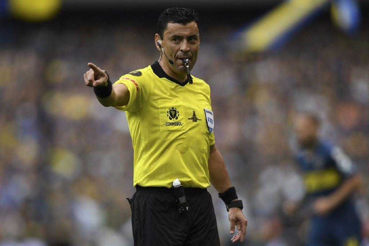 Roberto Tobar será uno de los árbitros que tendrá Argentina.