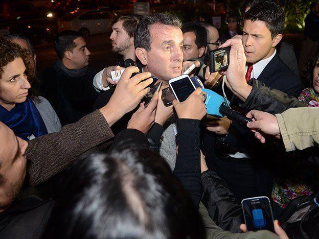 El enojo de Paco Pérez en medio de una escandalosa conferencia de prensa
