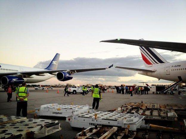Caos por el incendio en un avión que viajaba desde Buenos Aires a Miami