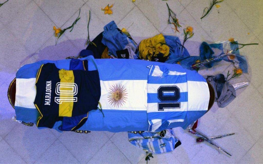 Muerte de Maradona: imputaron al psicólogo y a dos enfermeros