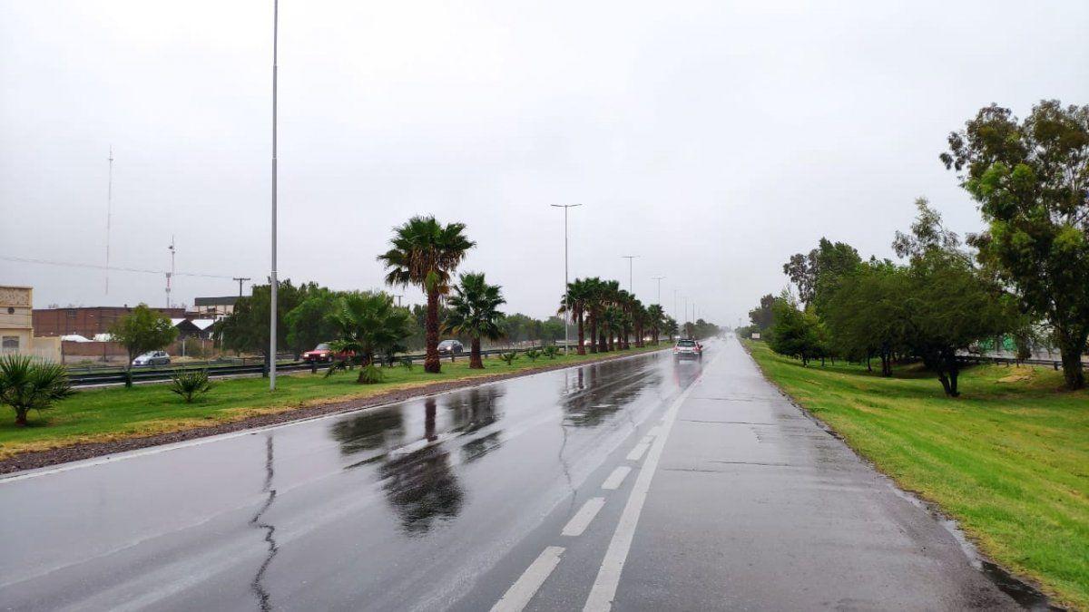 Calor insoportable por la siesta y probabilidad de lluvias en la noche