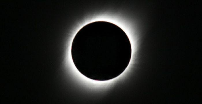Se acerca el eclipse solar: cómo sería este evento en Neuquén