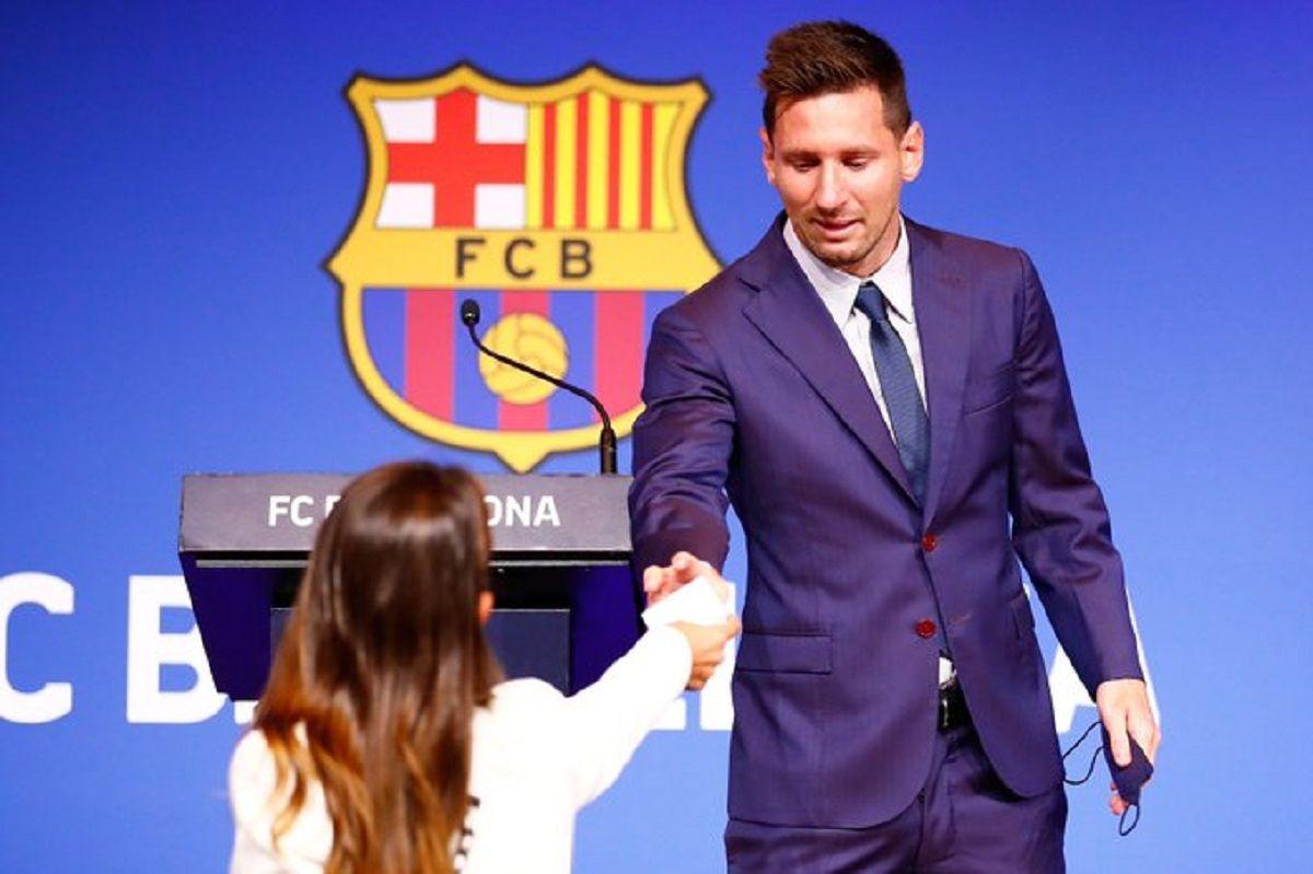 El gesto de Antonela Roccuzzo durante la conferencia de despedida de Messi
